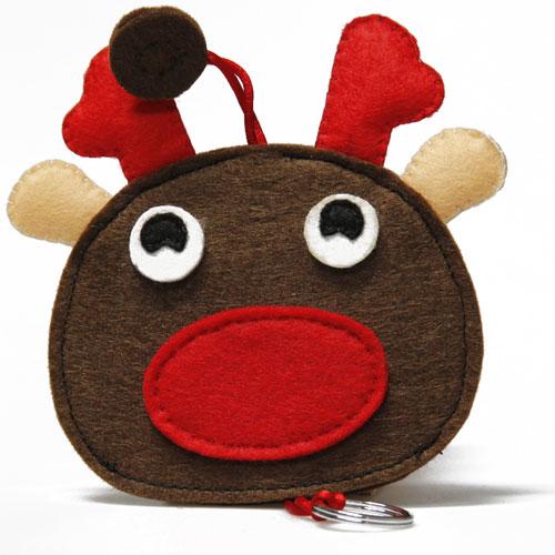 价格:15.00元   品牌:找乐儿   类型:卡通   货号:圣诞麋鹿钥匙包   材质:毛毡、不织布   编辑推荐:圣诞将至,在圣诞系列产品的设计上,颜色贴近节日气氛,形象生动活泼。   产品推荐二:DIY圣诞老人钥匙扣