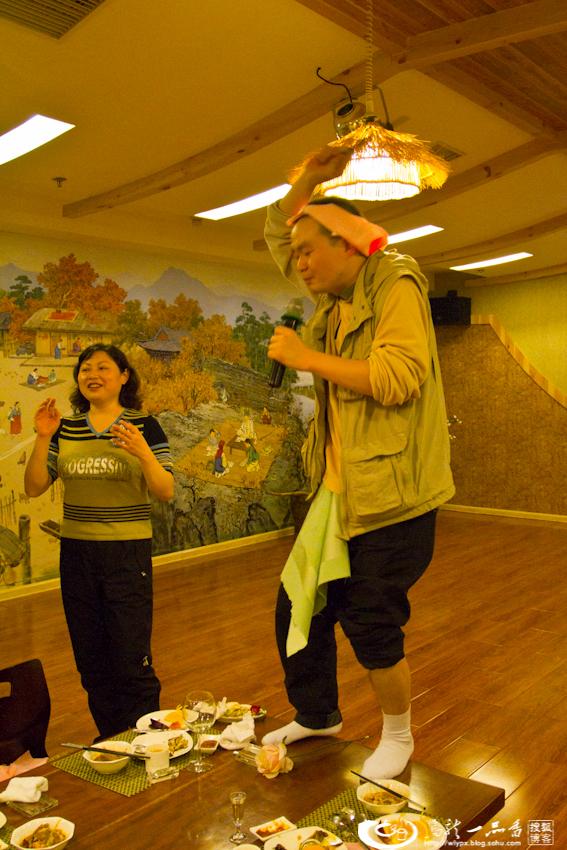 北京海棠花餐厅的朝鲜姑娘们