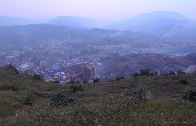 10.21.下午,攀爬宣汉县南坝镇后山圣灯山麓.