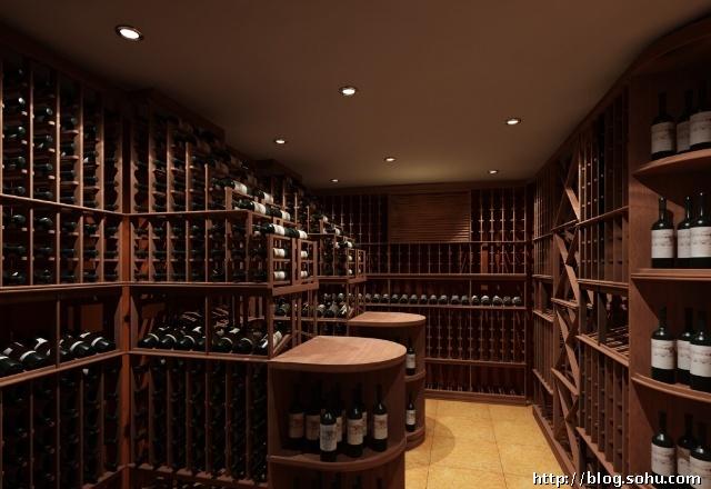 """""""富隆酒庄""""的招牌,毫不夸张,甚至还有些含蓄."""
