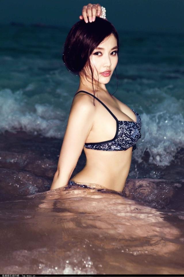 刘亦菲被曝15岁曾