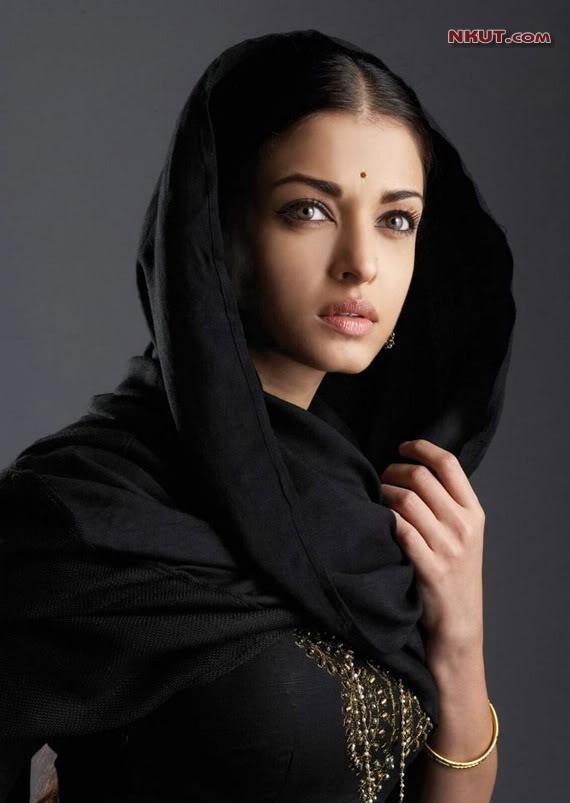 印度宝莱坞性感美女艾西瓦娅・雷组图 竖
