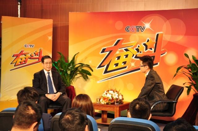 2011年5月16日,中央电视台大型励志商务脱口秀《奋斗》,一...