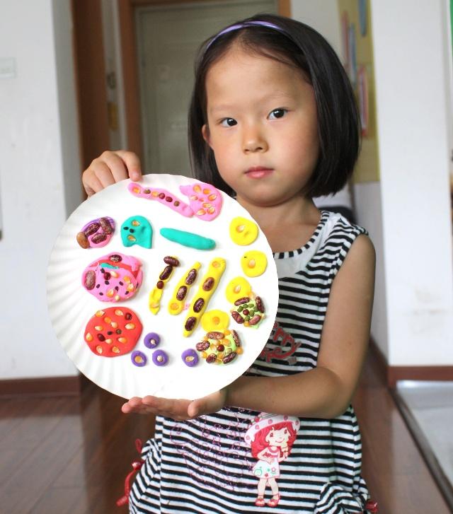 8月14日橡皮泥纸盘子创意之一