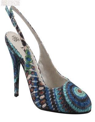 彩绘设计高跟鞋