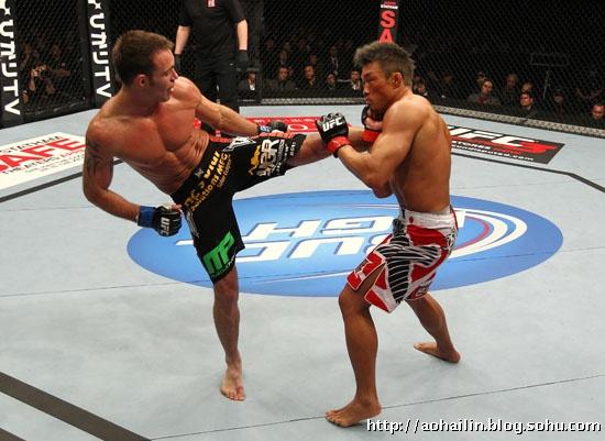 ufc张铁泉比赛_UFC144日本本土选手田村一诚中国名将张铁泉结果确实出乎意料 ...